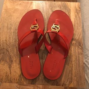 Gucci Interlocking GG Thong Sandals